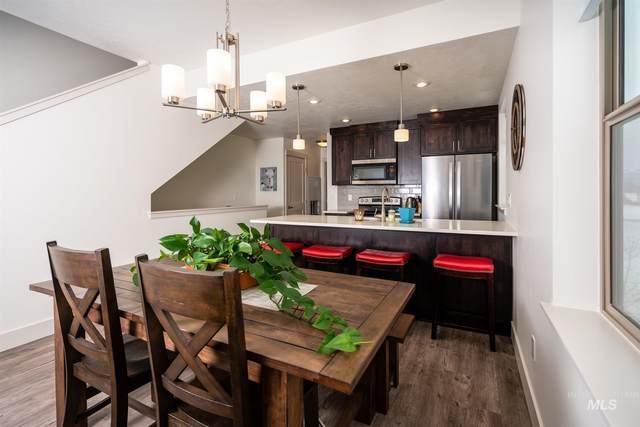 207 Broken Pine Lane, Mccall, ID 83638 (MLS #98778390) :: Idaho Real Estate Pros