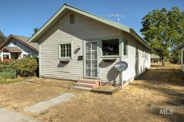 632 E 2nd, Emmett, ID 83617 (MLS #98779209) :: Boise Home Pros