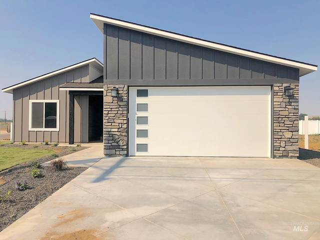 17 Norwood Place, Donnelly, ID 83615 (MLS #98779518) :: Jon Gosche Real Estate, LLC