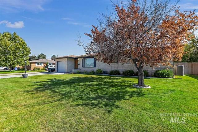 1958 9th Ave. E., Twin Falls, ID 83301 (MLS #98779738) :: Boise River Realty