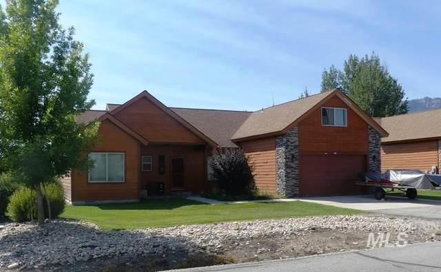 17 Price Street, Donnelly, ID 83615 (MLS #98779965) :: Jon Gosche Real Estate, LLC