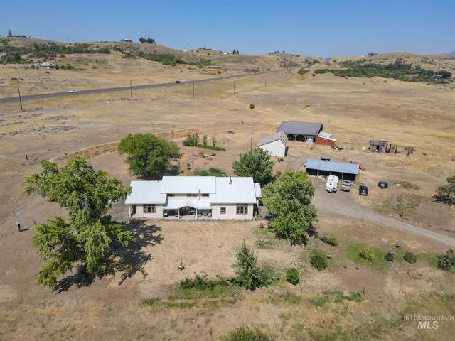 2262 Grays Creek Rd., Indian Valley, ID 83632 (MLS #98780214) :: Idaho Real Estate Pros