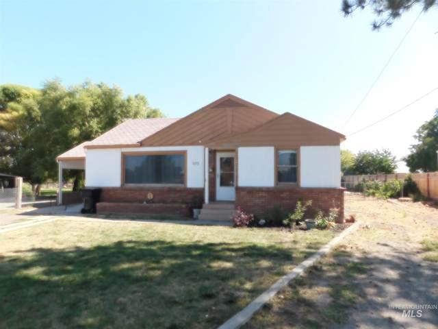 925 Milner St., Buhl, ID 83316 (MLS #98780376) :: Full Sail Real Estate