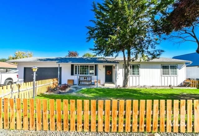 1215 E Oak St, Caldwell, ID 83605 (MLS #98780517) :: Build Idaho