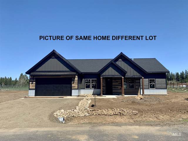 1126 Mo's Way, Mccall, ID 83638 (MLS #98780591) :: Shannon Metcalf Realty