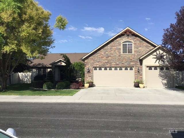 2163 Tendoy Street, Twin Falls, ID 83301 (MLS #98780700) :: Juniper Realty Group