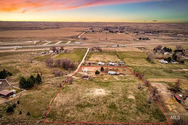 8928 W Greenwillow Ln, Eagle, ID 83616 (MLS #98780888) :: Build Idaho
