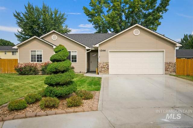 1266 Saint James Ct, Middleton, ID 83644 (MLS #98781027) :: Build Idaho