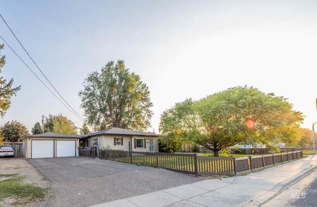329 Falls Ave W, Twin Falls, ID 83301 (MLS #98781359) :: Silvercreek Realty Group