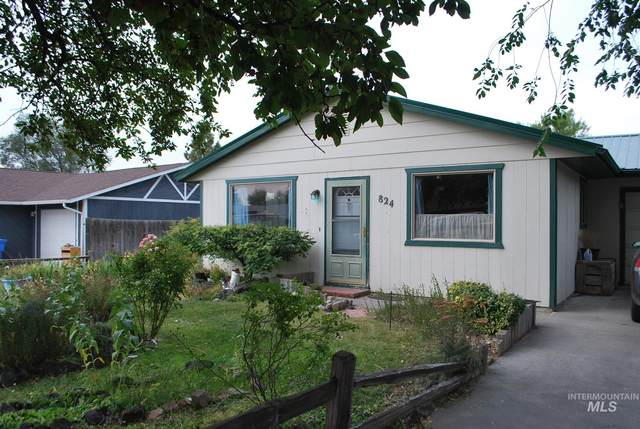 824 19th Ave E, Jerome, ID 83338 (MLS #98781859) :: City of Trees Real Estate