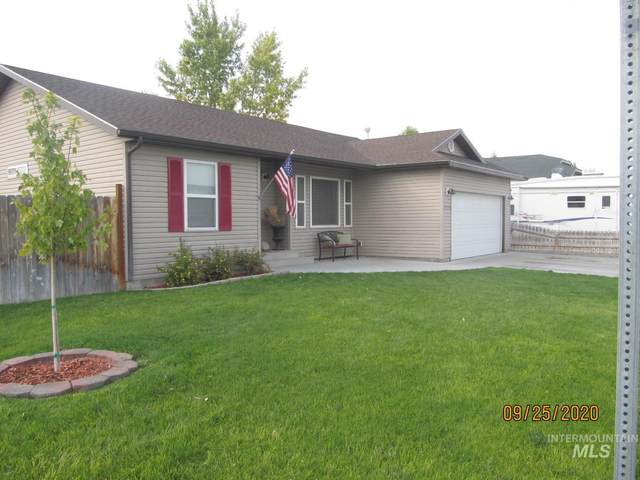 1003 Bailey, Filer, ID 83328 (MLS #98782161) :: City of Trees Real Estate