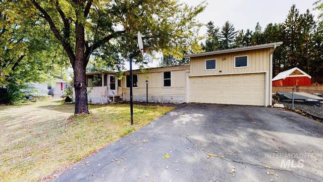 1039 Juliene Way, Moscow, ID 83843 (MLS #98782205) :: Story Real Estate