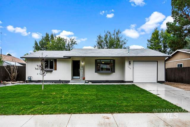 7028 W Bluebird Drive, Boise, ID 83714 (MLS #98782230) :: Full Sail Real Estate