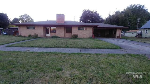 912 Main Street, Kamiah, ID 83536 (MLS #98782262) :: Full Sail Real Estate