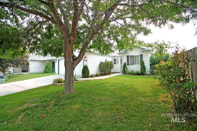 1206 Flint Drive, Caldwell, ID 83607 (MLS #98782296) :: Story Real Estate