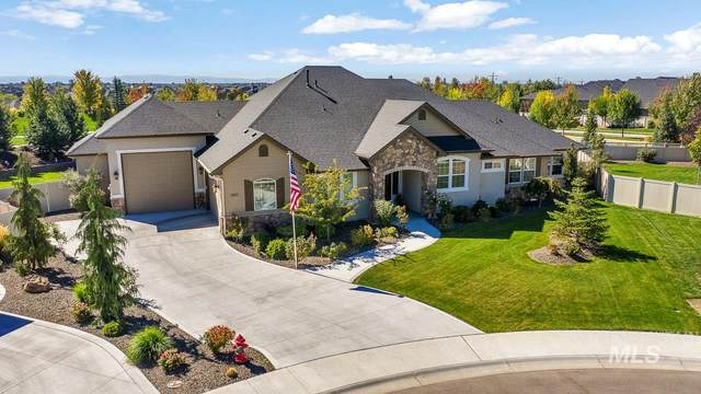 1867 N Heirloom Place, Eagle, ID 83616 (MLS #98782617) :: Idaho Real Estate Pros