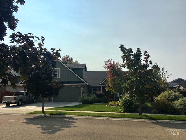 5843 N Teekem Falls Way, Meridian, ID 83646 (MLS #98782624) :: Michael Ryan Real Estate