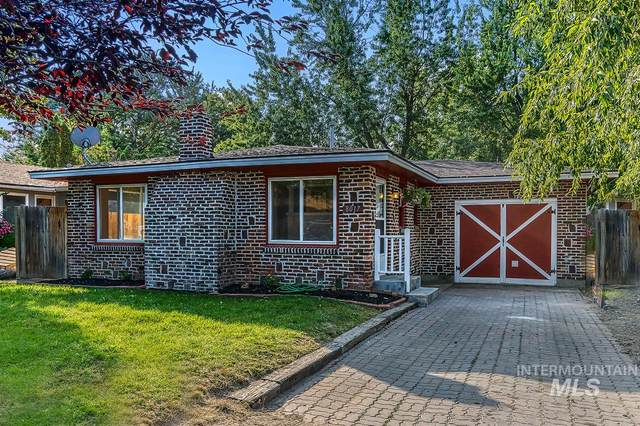 8017 W Holt, Boise, ID 83704 (MLS #98782971) :: Full Sail Real Estate
