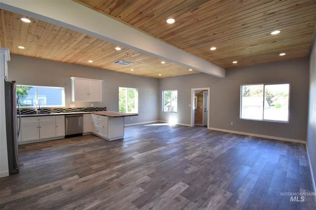 1374 Arlington Street, Pomeroy, WA 99347 (MLS #98783423) :: Bafundi Real Estate