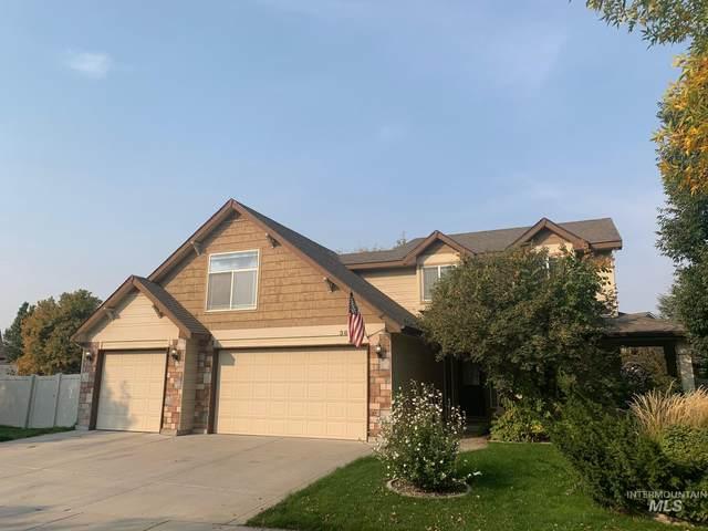 3693 S Milan Way, Meridian, ID 83642 (MLS #98783456) :: Build Idaho