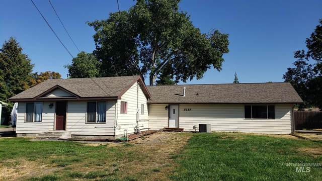3127 9th Street, Lewiston, ID 83501 (MLS #98783758) :: Full Sail Real Estate