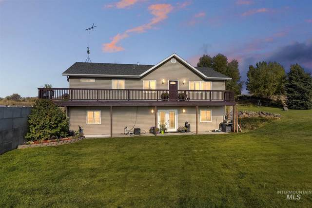 2213 S 1800 E, Gooding, ID 83330 (MLS #98783891) :: Juniper Realty Group