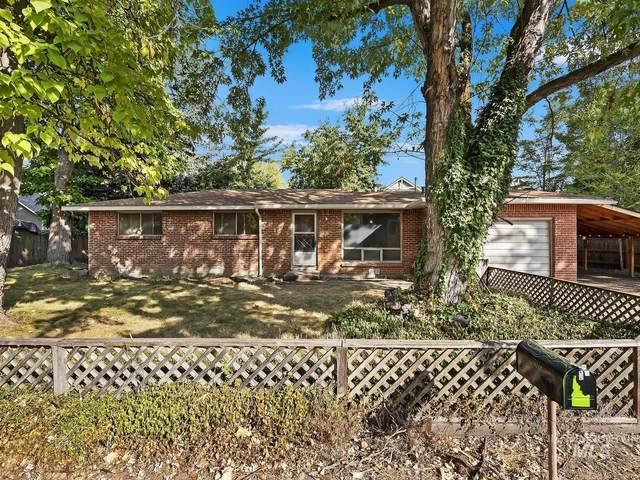 6212 W Lucky Lane, Boise, ID 83703 (MLS #98784007) :: Idaho Real Estate Pros