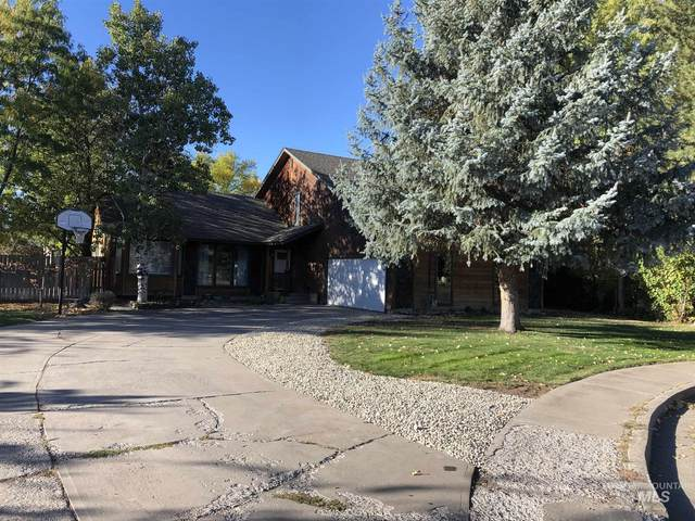 435 E 16th N, Mountain Home, ID 83647 (MLS #98784332) :: City of Trees Real Estate