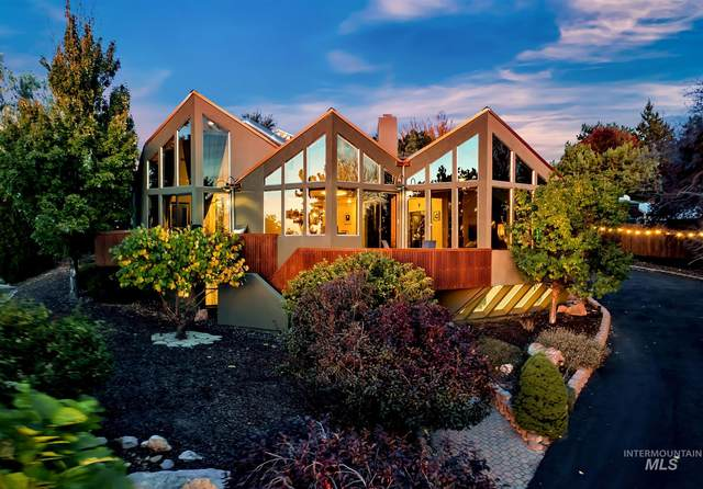 2944 E Starview Drive, Boise, ID 83712 (MLS #98784341) :: New View Team