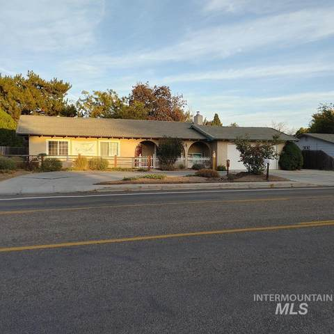 4560 N Maple Grove, Boise, ID 83704 (MLS #98784354) :: Full Sail Real Estate
