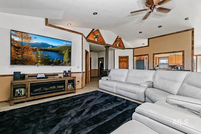 4605 W Hwy 52, Emmett, ID 83617 (MLS #98784476) :: Michael Ryan Real Estate
