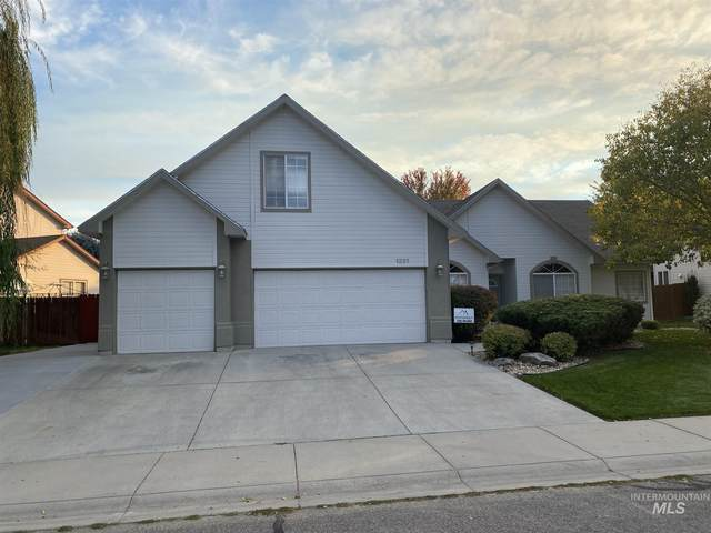 1321 E Basenji, Meridian, ID 83642 (MLS #98784631) :: Idaho Real Estate Pros