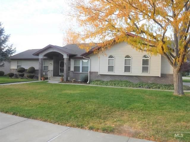1835 Candleridge Dr, Twin Falls, ID 83301 (MLS #98784748) :: Bafundi Real Estate