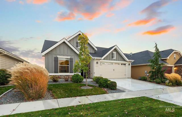 4987 W Clear Field St, Eagle, ID 83616 (MLS #98784876) :: Michael Ryan Real Estate