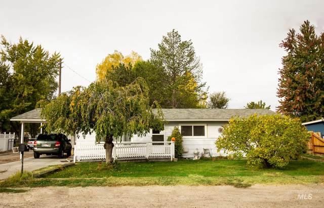 1021 Lincoln Ave, Emmett, ID 83617 (MLS #98785056) :: Jon Gosche Real Estate, LLC