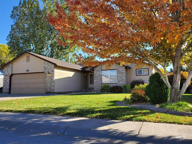 1430 Rosewood St, Mountain Home, ID 83647 (MLS #98785135) :: Haith Real Estate Team