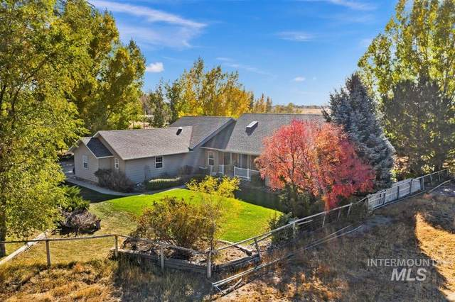15 W 400 S, Jerome, ID 83338 (MLS #98785302) :: Shannon Metcalf Realty