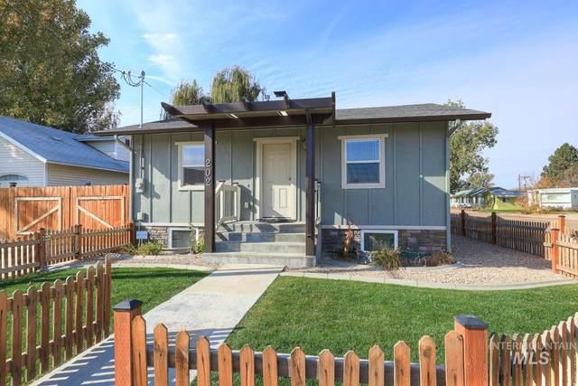 202 S Middleton Rd, Middleton, ID 83644 (MLS #98785328) :: City of Trees Real Estate