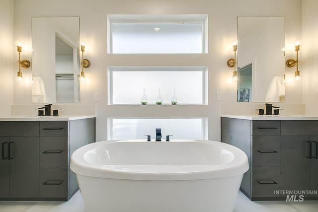 8644 W Suttle Lake Dr., Boise, ID 83714 (MLS #98785444) :: Bafundi Real Estate