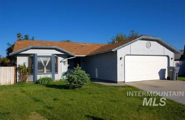 2206 S Locust Street, Nampa, ID 83686 (MLS #98785477) :: Bafundi Real Estate