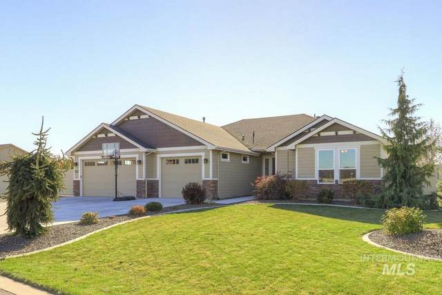 7703 E Stonecastle Dr, Nampa, ID 83687 (MLS #98785484) :: Bafundi Real Estate