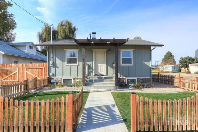 202 S Middleton Rd, Middleton, ID 83644 (MLS #98785546) :: City of Trees Real Estate