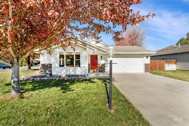 688 W Criterion St, Meridian, ID 83642 (MLS #98785656) :: Boise River Realty