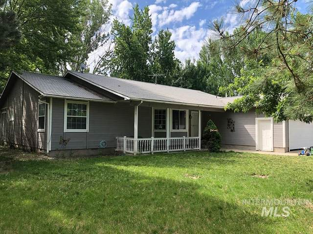 903 W Main Street, Middleton, ID 83644 (MLS #98786002) :: Adam Alexander