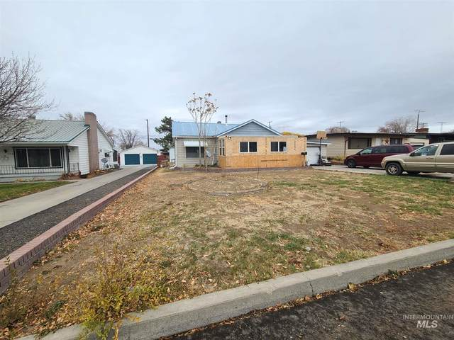 720 N 9th, Buhl, ID 83316 (MLS #98786586) :: Idaho Real Estate Pros