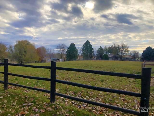 17092 Elmcrest, Caldwell, ID 83607 (MLS #98786804) :: Navigate Real Estate