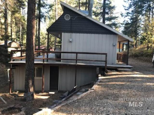 23 Summer Dr, Garden Valley, ID 83622 (MLS #98786928) :: Shannon Metcalf Realty