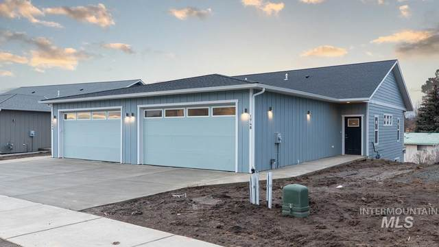 1748 E Third Street, Moscow, ID 83843 (MLS #98786941) :: Beasley Realty
