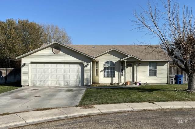 2202 S Locust St, Nampa, ID 83686 (MLS #98786944) :: Own Boise Real Estate