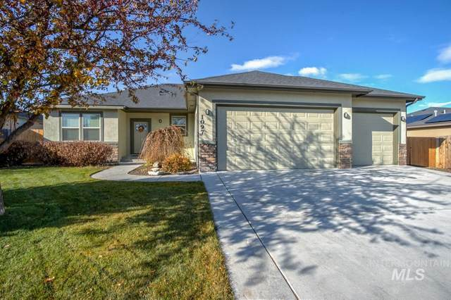 1097 S Chalkboard Place, Kuna, ID 83634 (MLS #98787074) :: Minegar Gamble Premier Real Estate Services